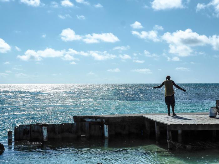 17 things that shocked me in Belize // Caye Caulker fishing
