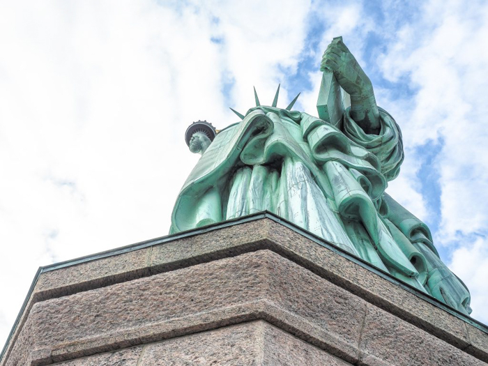 Visiting the Statue of Liberty, New York City // view from pedestal