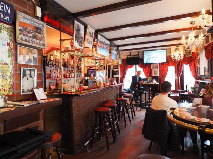 Cafe de Jordaan interior / bar | 3 days in Amsterdam, Netherlands