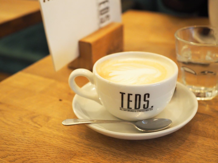 Breakfast at Ted's | Vodka philosophy | 3 days in Amsterdam, Netherlands | Boozy brunch | Cappuccino