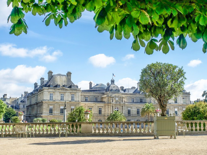 When is the best time to visit Paris, France? Here is a summer vs. winter showdown. Hotel and airfare costs and room availability | Crowds and lines at popular museums, monuments, and attractions | Weather conditions | Luxembourg Gardens