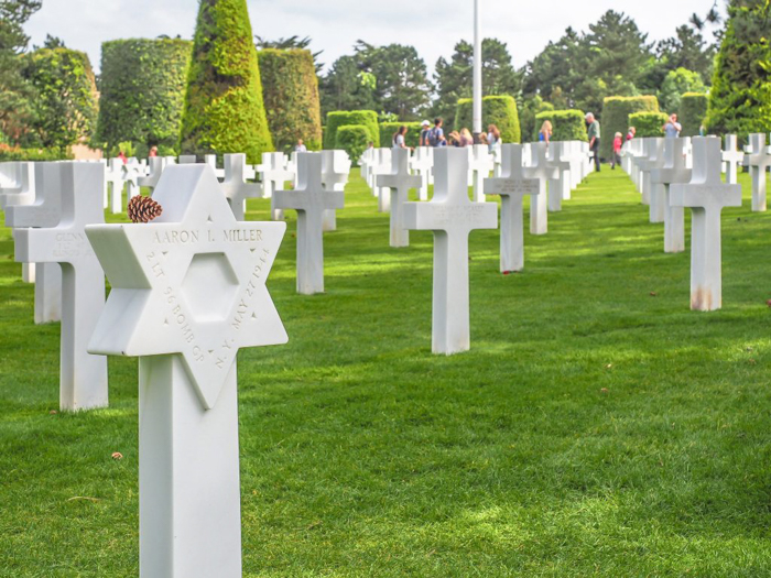 The best D-Day sites to visit in Normandy, France | WWII | WW2 | Normandy American Cemetery | Star of David