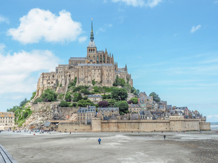 It's actually worth visiting Mont Saint Michel | Normandy, France | Medieval abbey on an island | Bucket list | Disney fairy tale castle inspiration | Mont-St-Michel | views