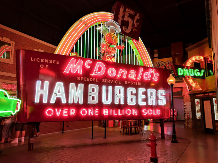 American Sign Museum | Cincinnati, Ohio | Neon signs | How to make | Americana | Private Tour | What to do in Cincinnati | Queen City | Big Boy | American history | Quirky Museums | Unique Museums | Fun things to do in Cincinnati | Main Street | McDonalds