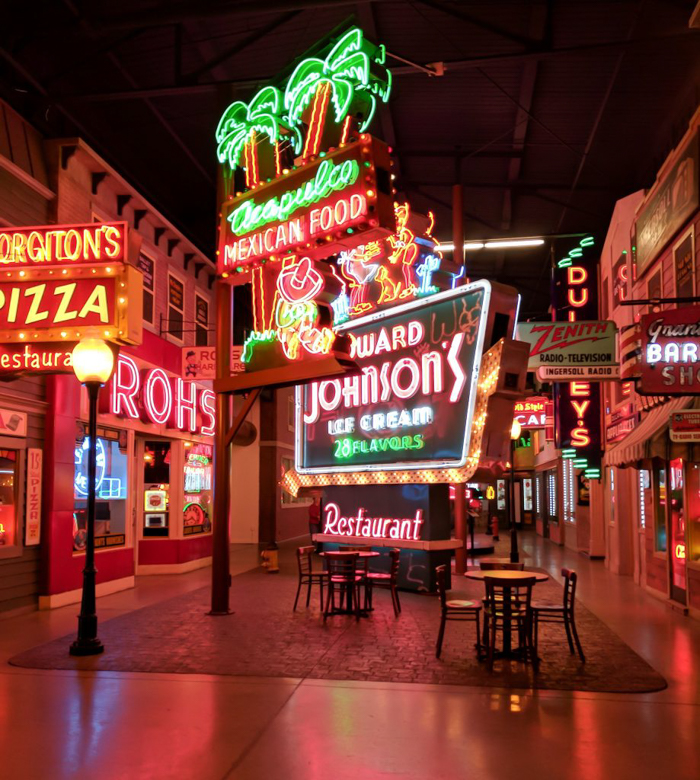American Sign Museum | Cincinnati, Ohio | Neon signs | How to make | Americana | Private Tour | What to do in Cincinnati | Queen City | Big Boy | American history | Quirky Museums | Unique Museums | Fun things to do in Cincinnati | Main Street |