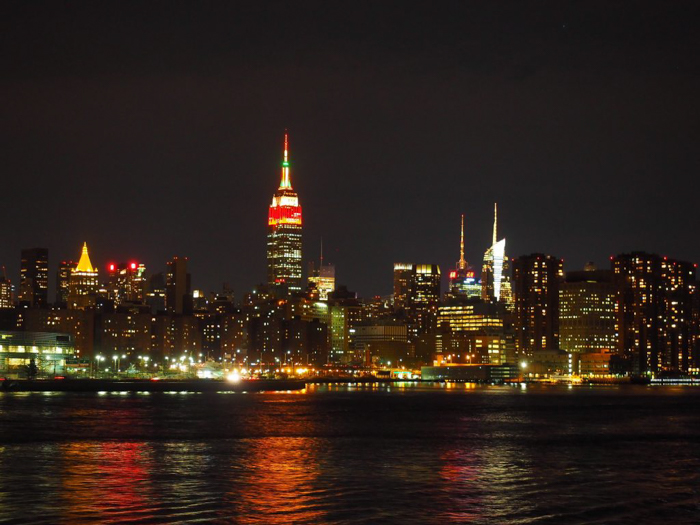 My NYC Thanksgiving Dinner Cruise Experience | Hornblower Cruises | New York City, Manhattan | Yams on a Yacht | Thanksgiving in New York City | Midtown manhattan, empire state building