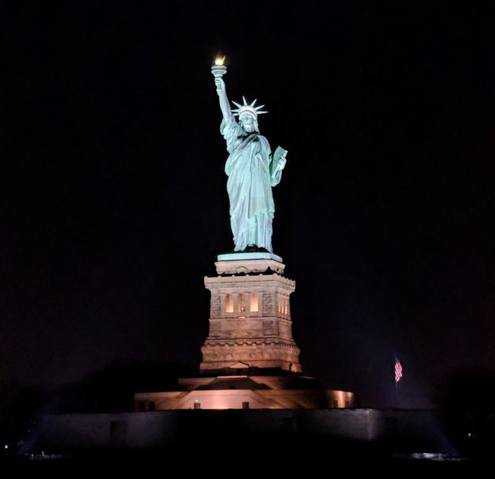 My NYC Thanksgiving Dinner Cruise Experience | Hornblower Cruises | New York City, Manhattan | Yams on a Yacht | Thanksgiving in New York City | Statue of Liberty