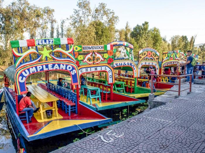 17 Things That Shocked Me in Mexico | Mexico Coaxaca de Juarez | Colorful Trajineras | Xochimilco