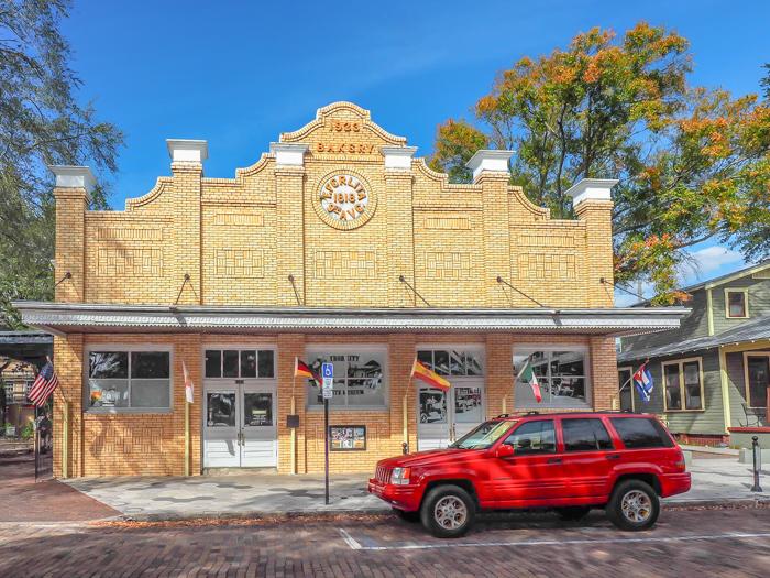 Spend a day in Ybor City | Tampa, Florida | Ybor City State Museum | Ybor City Museum State Park | History of Ybor City