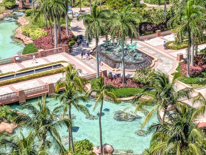 Do This, Not That // 2 Days in The Bahamas | The view from Atlantis Royal Towers | Where to stay in The Bahamas #TheBahamas #Bahamas #honeymoon #Atlantis #caribbean #beachvacation #resort