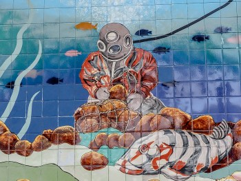 Greeking out at Florida's Sponge Docks | Tarpon Springs greek community, sponge diving, greek food