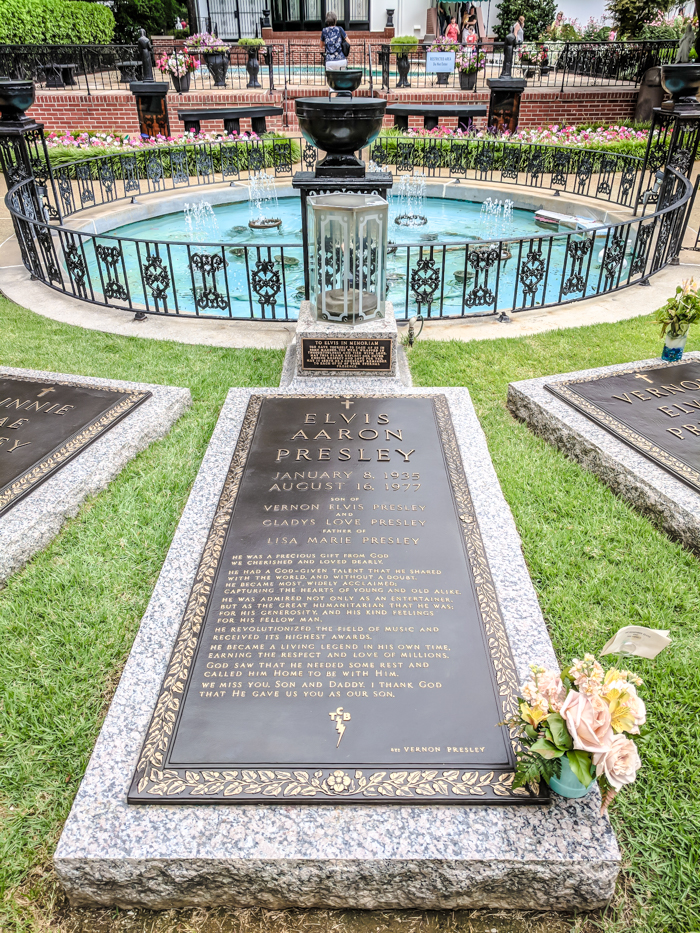 Elvis's grave | 13 Reasons to Visit Graceland in Memphis, Tennessee even if you're not an Elvis Presley fan #Elvis #Graceland #Memphis #traveltips