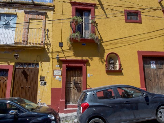 2 days in San Miguel de Allende travel tips | Mask Museum, Another Face of Mexico, Casa de la Cuesta | museum exterior #sanmigueldeallende #mexico #traveltips #timebudgettravel #sanmiguel #maskmuseum