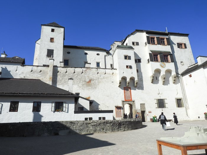 How to Squeeze in a Day Trip to Salzburg from Munich | Austria to Germany | Sound of music, mozart, castle, brewery, museums #salzburg #austria #thesoundofmusic #beer #mozart #daytrip #castle | Salzburg Castle, funicular