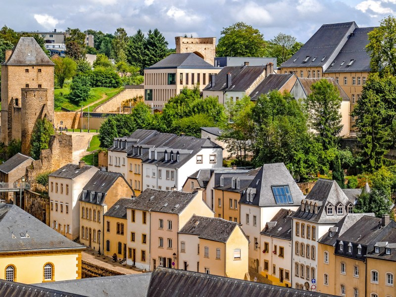 Get to know luxembourg   Where to stay in luxembourg, what to pack for luxembourg, and what you need to know about luxembourg   #timebudgettravel #traveltips #luxembourg
