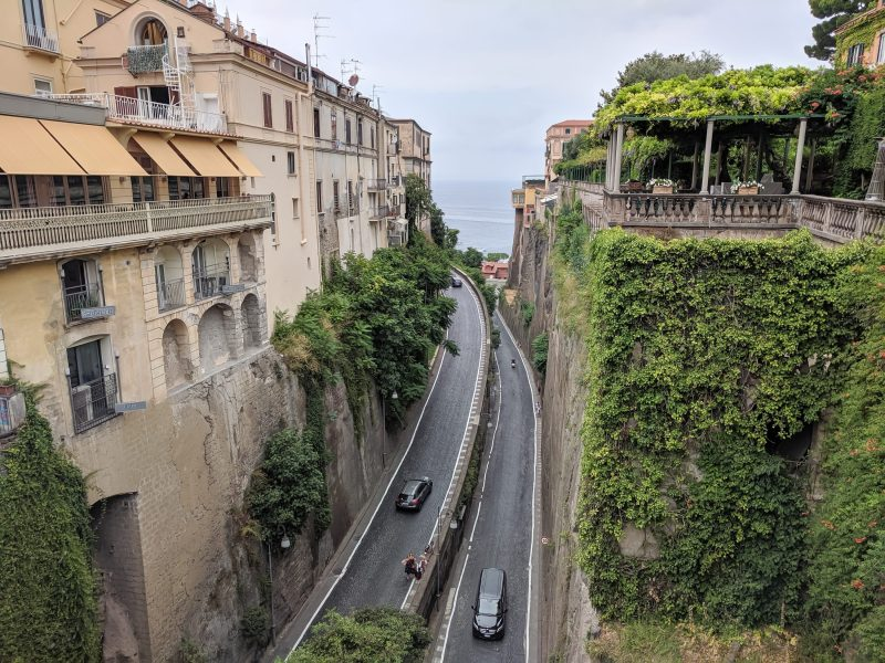 5 days in Sorrento, Italy & the Amalfi Coast | Where to stay in Sorrento, Where to eat, day trip to Capri, hiking the Path of the Gods, Amalfi Coast drive, food tour, pizza, and more! #sorrento #italy #amalficoast #foodtour #pizza #capri #pathofthegods #winetasting #winery