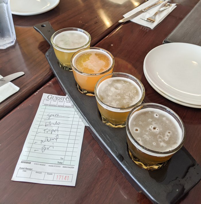 4 Days in Scottsdale, Arizona // A Jam-Packed Itinerary With a Bit of Everything | Where to eat in Scottsdale: Craft 64, craft beer flight #craftbeer #scottsdale