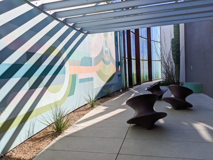 4 Days in Scottsdale, Arizona // A Jam-Packed Itinerary With a Bit of Everything | Things to do in Scottsdale: Scottsdale Museum of Contemporary Art, Murmuration #artmuseum #scottsdale #contemporaryart