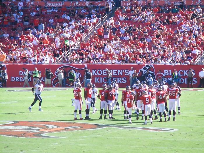 7 Terrific Tours to Take in Tampa, Florida | Raymond James Stadium, NFL Tampa Bay Buccaneers #tampa #florida #buccaneers #nfl #bucs #football