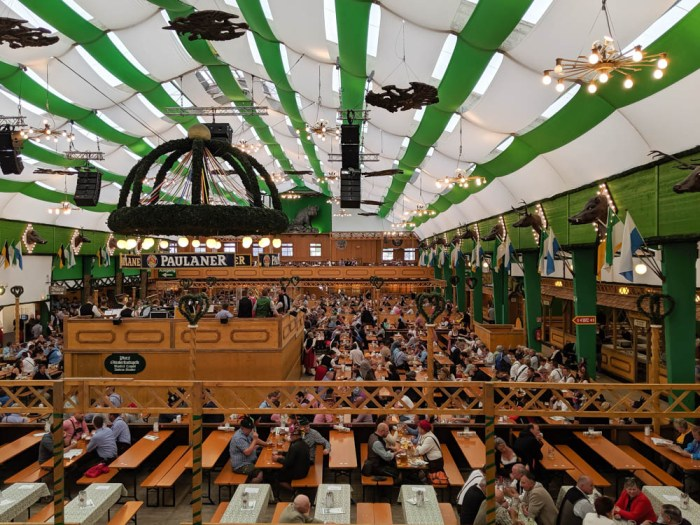 How to decorate for an Oktoberfest party at home: Armbrustschutzenzelt