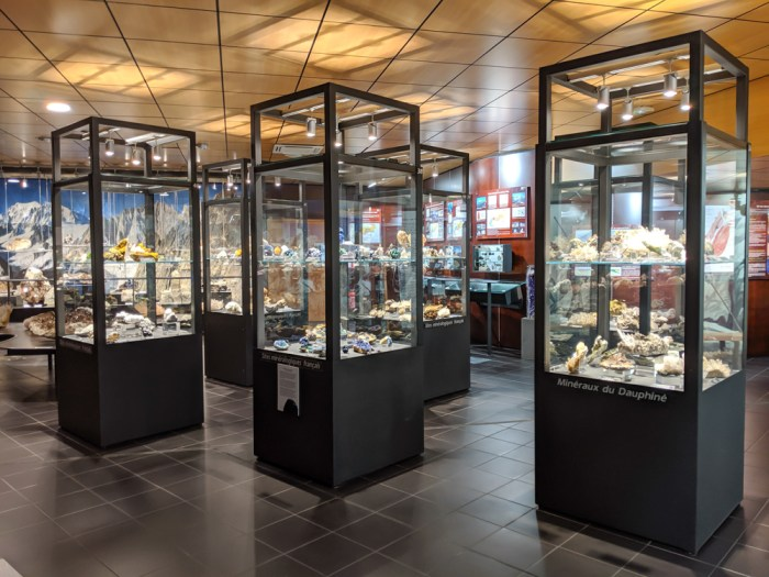 Awesome things to do in Chamonix in the summer: Alpine bucket list / Crystal Museum