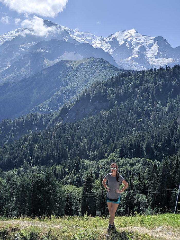 What to pack for Chamonix in the summer / what to wear in chamonix in the summer / alps packing list / chamonix packing guide / what shoes to pack for chamonix / hot weather