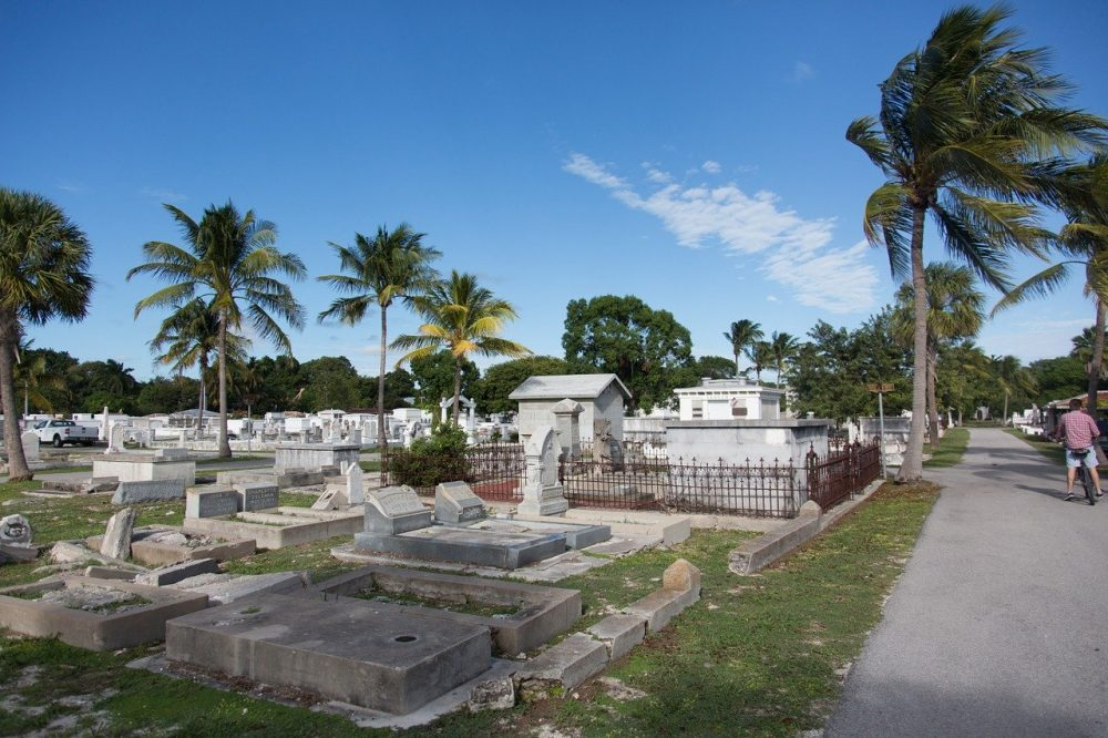 Key West Tips: Helpful Things to Know for a Kickass Weekend in Key West | Key West cemetery