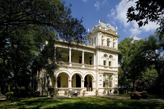 old home in the king williams historic district san antonio texas