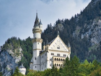 Where to stay near Neuschwanstein Castle: 12 Best Hotels and Airbnbs in Hohenschwangau, Schwangau, and Füssen