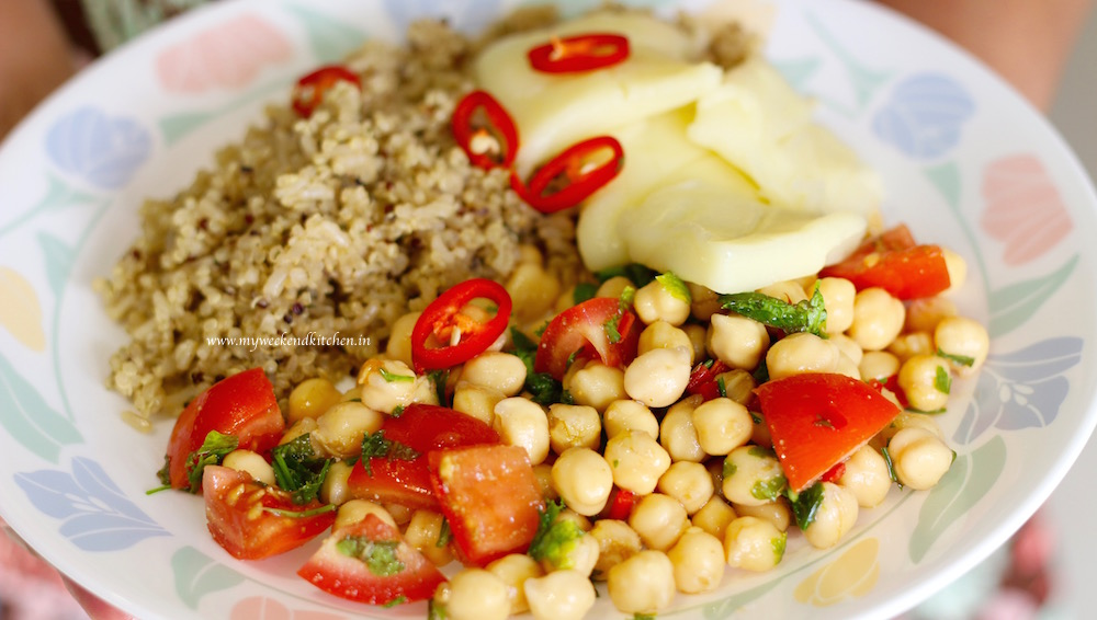 Quinoa salad, Halloumi cheese, chickpea salsa, vegetarian salad