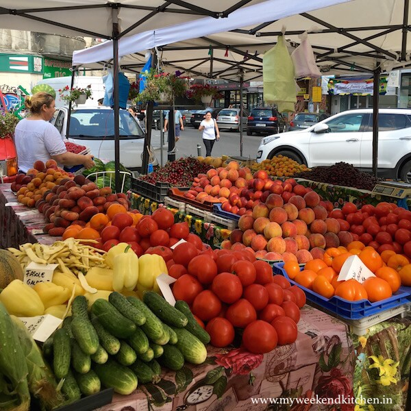 fresh fruit and vegetable market at Piata Amzei Bucharest, fruits and vegetables during Bucharest summers