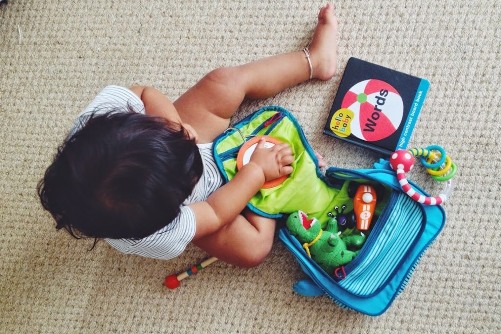 Traveling with kids 9 -12 months old – Long Haul and beyond