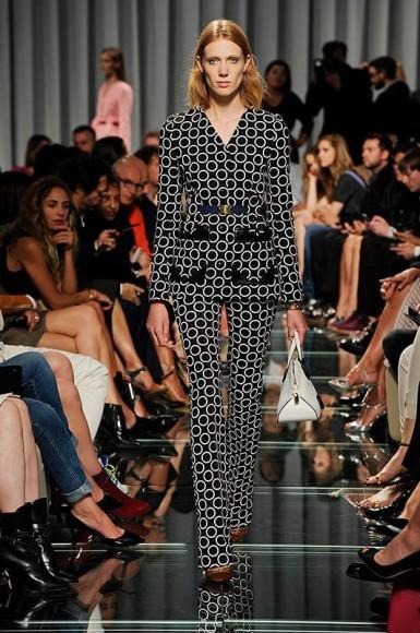 Louis-Vuitton-sfilata-crociera-2015-05-385x580