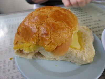 Hong Kong Local Food – 'Pineapple Bun with Butter' Bo Lo Yao (菠萝油)
