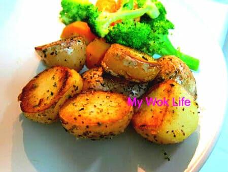 Sautéed Potatoes with Italian Herbs