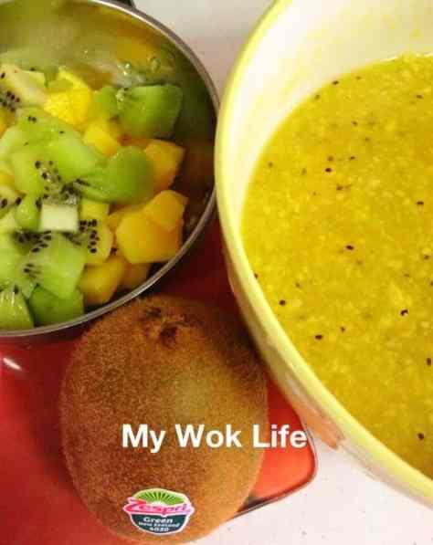 kiwi and mango sauce