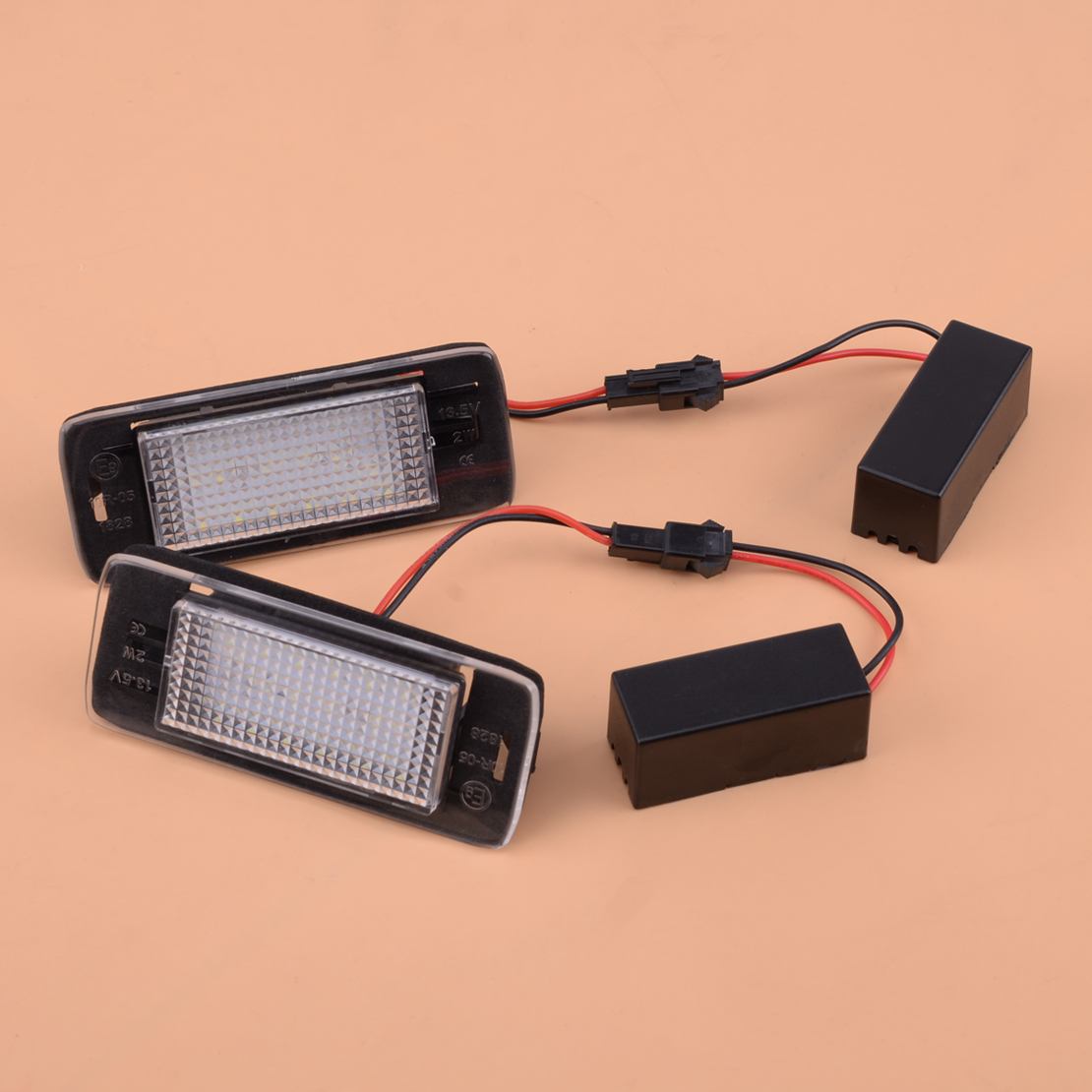 2pcs Rear License Plate Light Fit For Chevrolet Equinox 15