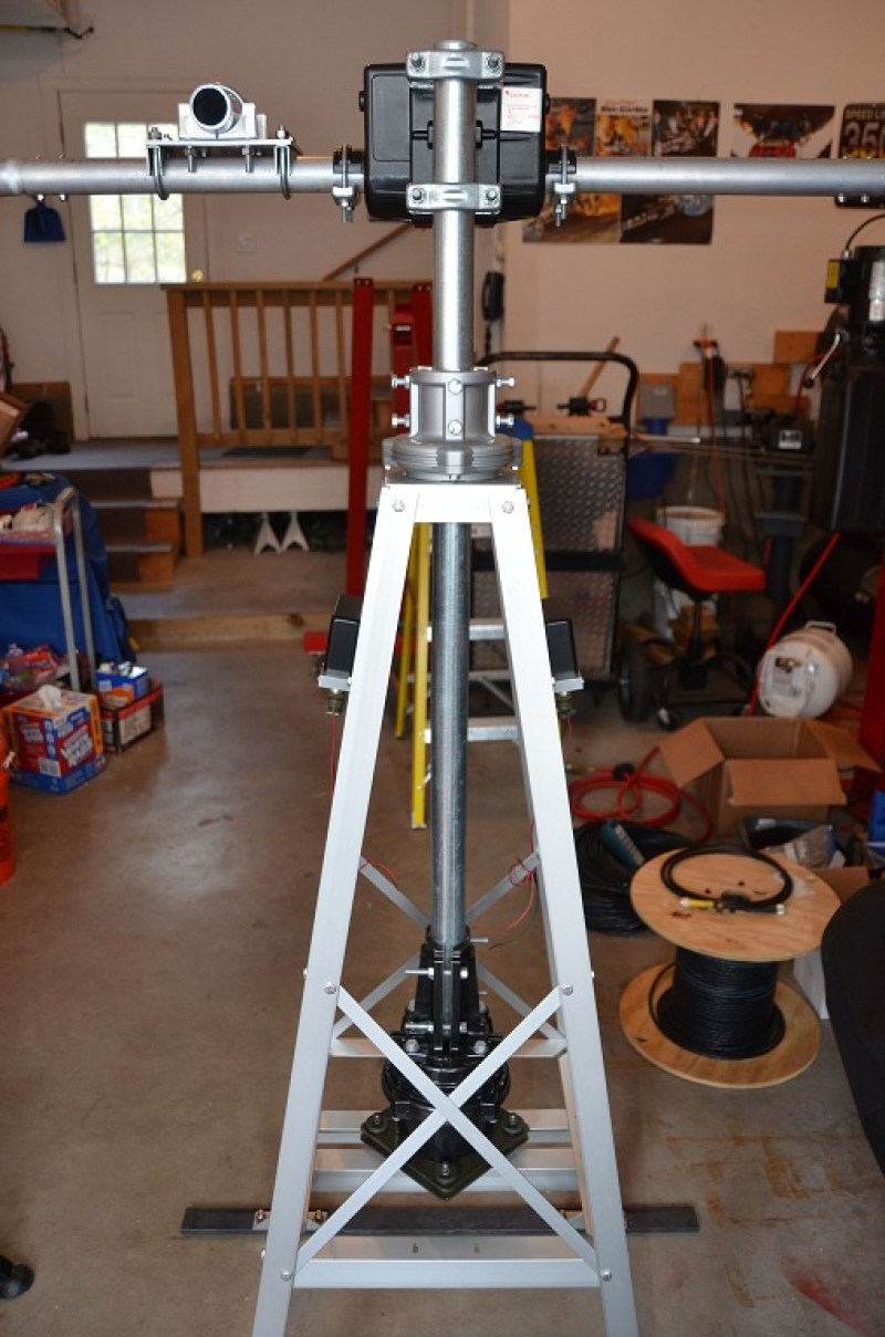 Satellite Antenna System - Glen Martin 4.5' Roof Tower