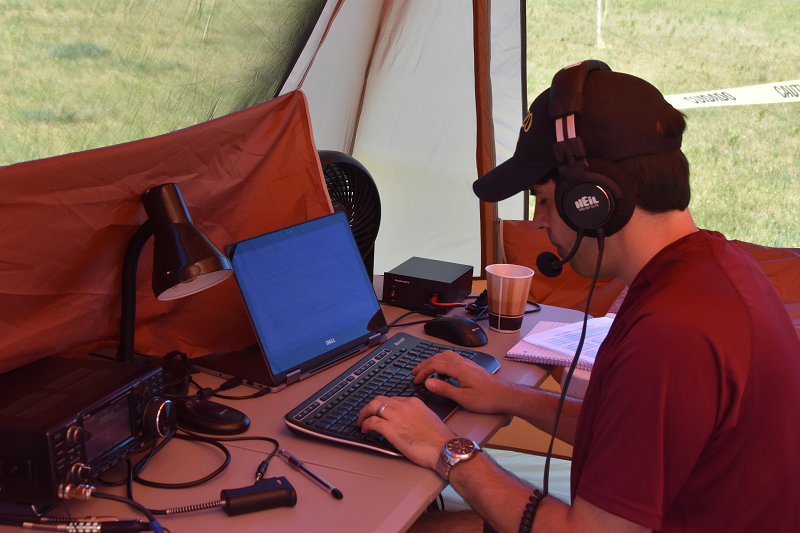 Field Day 2017 - Brian, AB1ZO Operating SSB