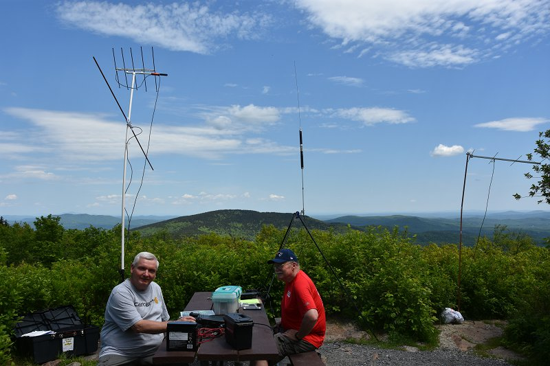 Al, KC1FOZ and Tom, KC1GGP Operating VHF-UHF Portable