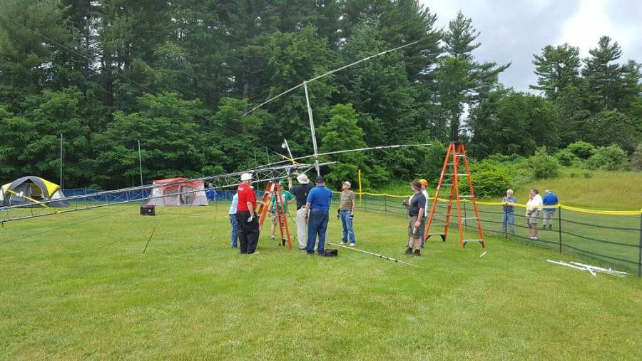 Setting up a Tower at Field Day