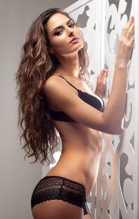 Heißes Girl in Unterwäsche