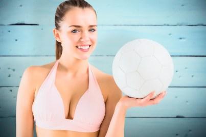 Sexy Girl mit Ball