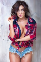Sexy Heimwerker-Girl
