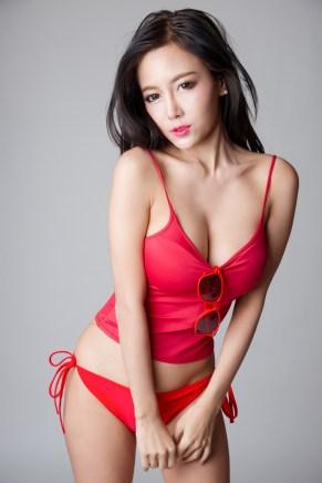 Sexy Asia-Girl