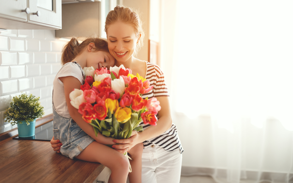 With Mother's Day around the corner, I know everyone is talking and thinking about Mother's Day Gifts. But what are moms giving themselves? Let's talk about a mom's mother's day gift list today. Or, as I prefer to call it, Mom Self-Care 101! #MothersDay #MomLife #GiftIdeas #Gifts #MothersDay2018