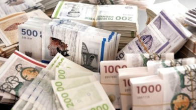 صورة على طاولة المفاوضات: مقترح مالي لدعم إعانة البطالة وتقسيم الدخل