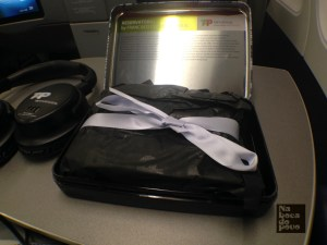 Amenity Kit Business Class Tap Portugal contenuto