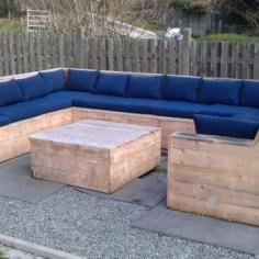 Paletový záhradný nábytok