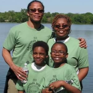 Family of 4 at Lake
